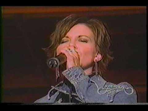 Martina McBride - 03  Harper Valley PTA - Jamboree In The Hills 2003