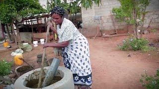 #Agir contre la pauvreté : quand les femmes produisent du biogaz en Afrique