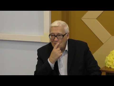 Выступление Петра Гаряева перед участниками семинара Раисы Мансуровой