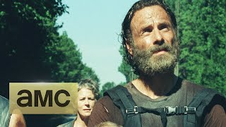 Repeat youtube video Trailer: The Walking Dead Returns in February