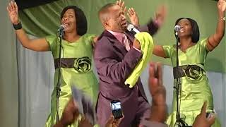 Malibongwe Gcwabe -  uYehovah Ulungile (Official Music Video)