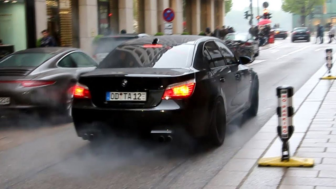 BMW M5 E60 - DRIFT & BURNOUT in the City!! - YouTube
