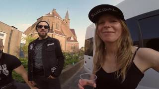 EARTH SHIP – Hollowed Tour Recap with MAMMOTH STORM and HIGH FIGHTER | Napalm Records