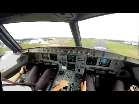 Shannon EINN Cockpit view landing (improved) rwy 24