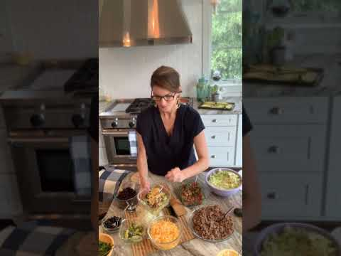 The Galveston Diet Quick And Easy Meal Prep #2: Taco Bowls and Zucchini Boats