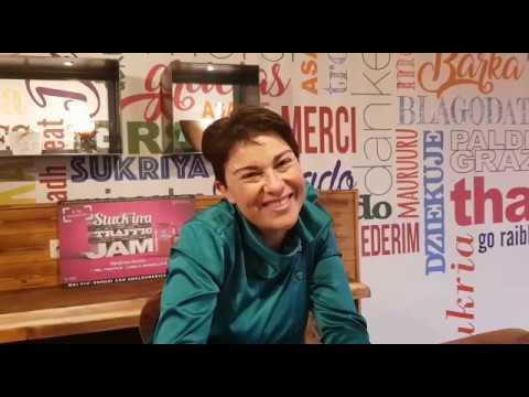 Silvia, Il consulente Linguistico di AngloAmerican