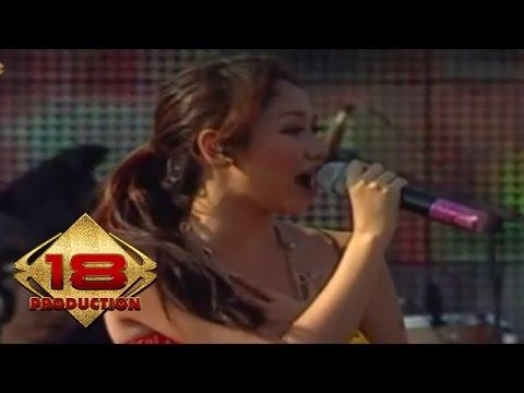Bunga Citra Lestari - Cinta Pertama (Sunny) | Live Konser Soundrenaline Surabaya 2007