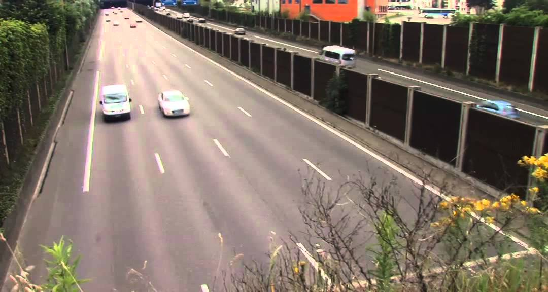 des-voies-specifiques-pour-les-bus-et-les-taxis-sur-autoroute