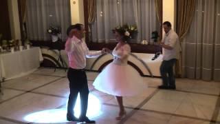 Surpriza mirilor Raluca si Gabriel la nunta - Samba, Salsa, Rumba, Cha cha, Bossa Nova si Jive