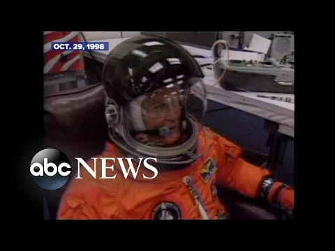 John Glenn Returns to Space in 1998 | ARCHIVAL VIDEO