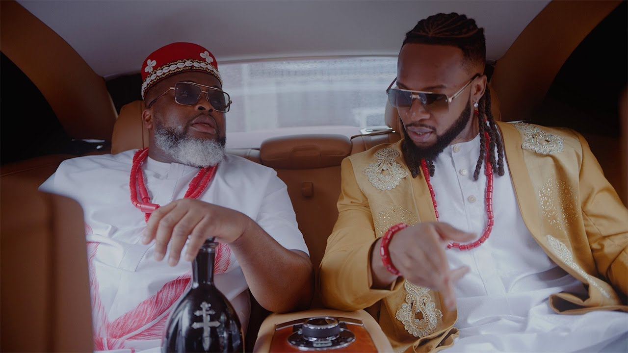 Download Larry Gaaga - Egedege (Music Video) [feat. Pete Edochie, Theresa Onuorah, Flavour & Phyno]