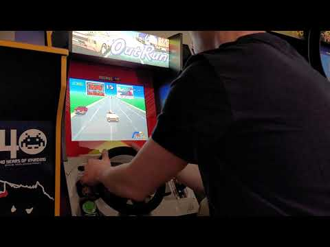 Attempting to beat OutRunners on Arcade1Up from TechnoBilly