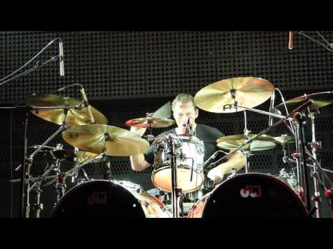Paul Gilbert Technical Difficulties (Thomas Lang Drum solo intro) live Barcelona 2016