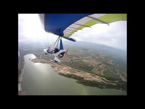 Il Volo.... Con Il Deltaplano A Motore.