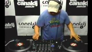DJ Christian Pinheiro ( Classics Underground 90 ) no Canal DJ