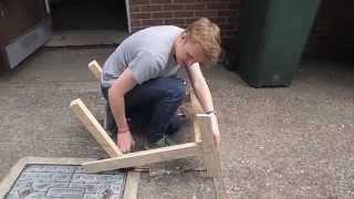 Make A Comfortable Chair By Recycling Pallets