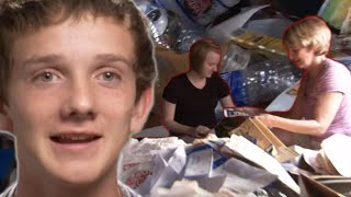 Coupon Kid Makes His Family Dumpster Dive 🗑️ - Extreme Couponing TLC UK