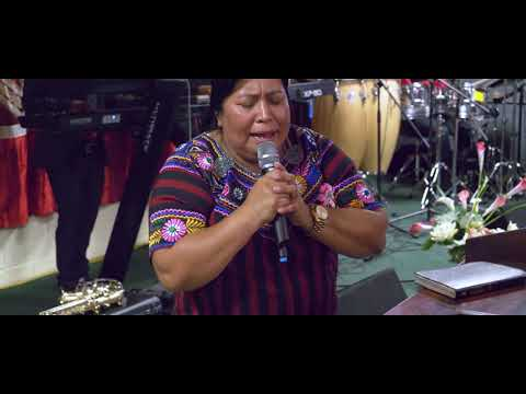 Solista Marcelina Pu/y Los Llamados Por Cristo/en Vivo