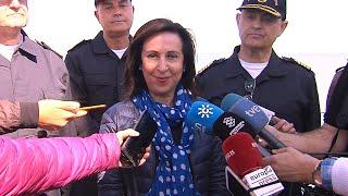 """La ministra de defensa visita el buque LHD """"Juan Carlos I"""""""