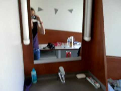 Erasmus bordeaux camera village 3 youtube for Appartement universitaire bordeaux