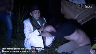 Video Lucu pak dhen kesurupan jin bencong download MP3, 3GP, MP4, WEBM, AVI, FLV Oktober 2019