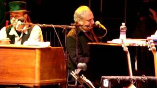 "Donald Fagen And The Levon Helm Band, ""shakedown Street"" At Mountain Jam 2010"