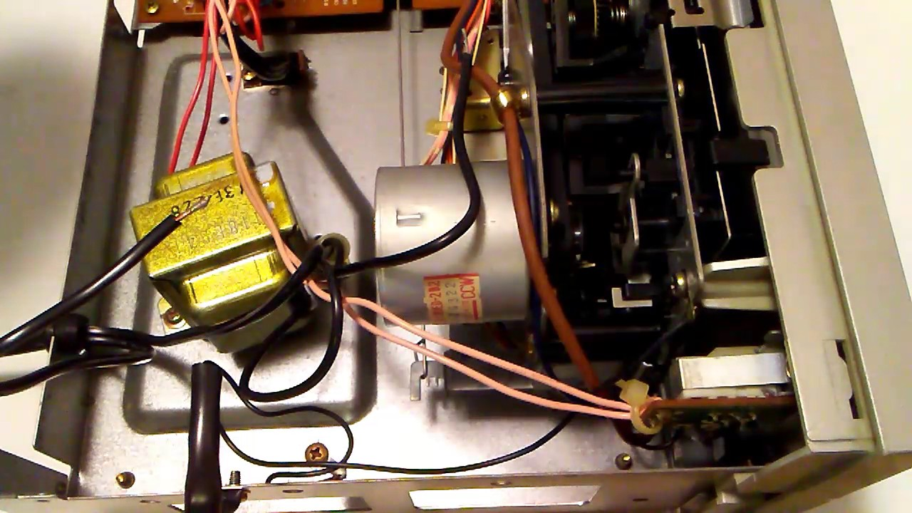 The Realistic Sct 41 Tape Deck I Solder In A Line Fuse No Over Current Protection From The