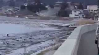 New Video Of Tsunami in Japan 2011  Part 1