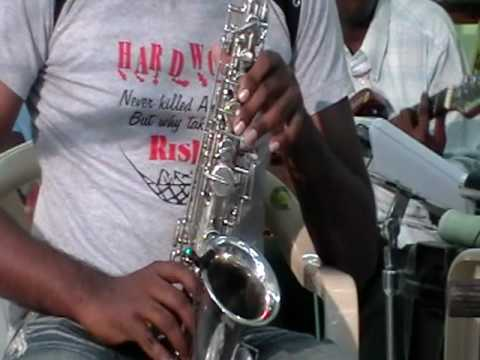 Anbe en anbe song on sax