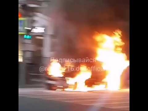 На Мамадышском тракте в Казани дотла сгорел заброшенный грузовик