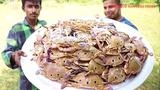 A LOT OF SEA CRAB MASALA || 10 KG CRABS COOKING || VILLAGE STYLE RECIPE ||