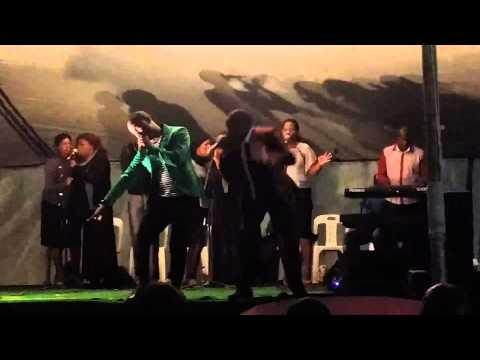 Nathi and Nkanyiso - Fananojobe Brothers Mix Performance