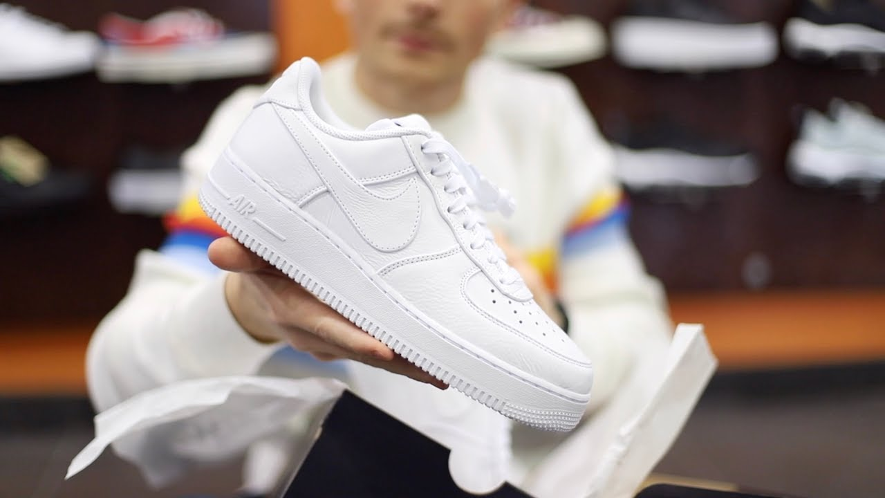 Unboxing Sneakers Nike Air Force 1 '07 Prm 2 White Black AT4143 102 | Freesneak Shop