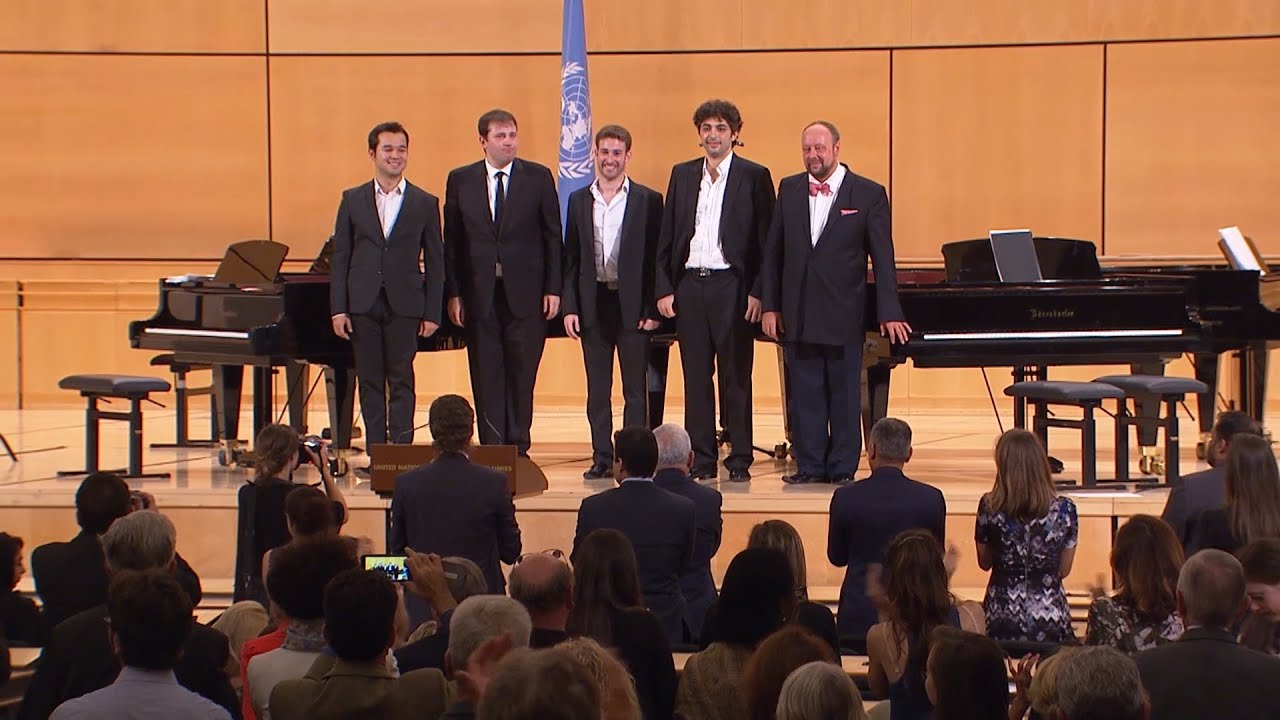 Geneva : Pianists for Peace