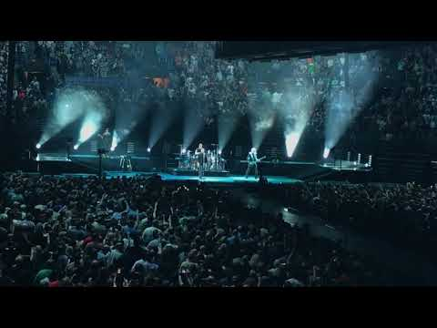 """U2 """"New Year's Day"""" - St. Louis (5/4/18)"""
