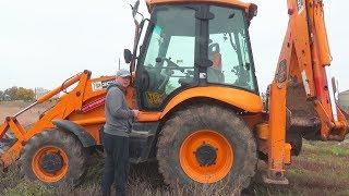 Le tracteur est tombé en panne - Dima vole à la rescousse en avion