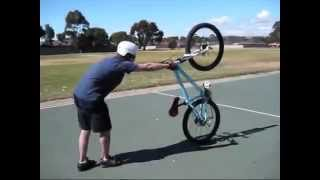Трюки на горном велосипеде!  vksaved ru 1(, 2014-05-04T17:47:42.000Z)