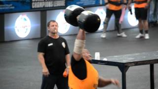 Михаил Кокляев подъем 120кг гантели на Strongman Champions League