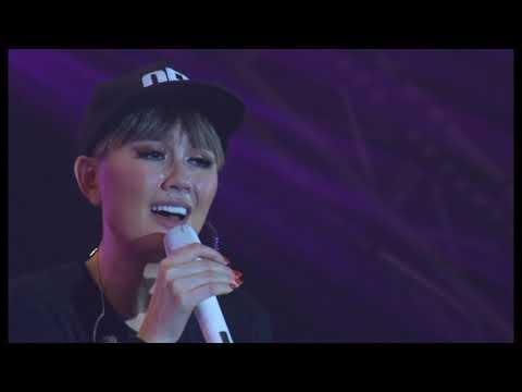 Agnez Mo live in soundelight 2018 concert - medley Matahariku dan karena ku sanggup