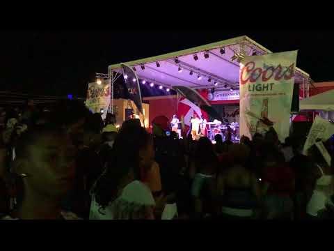 XHD Performing at Band Clash 2017