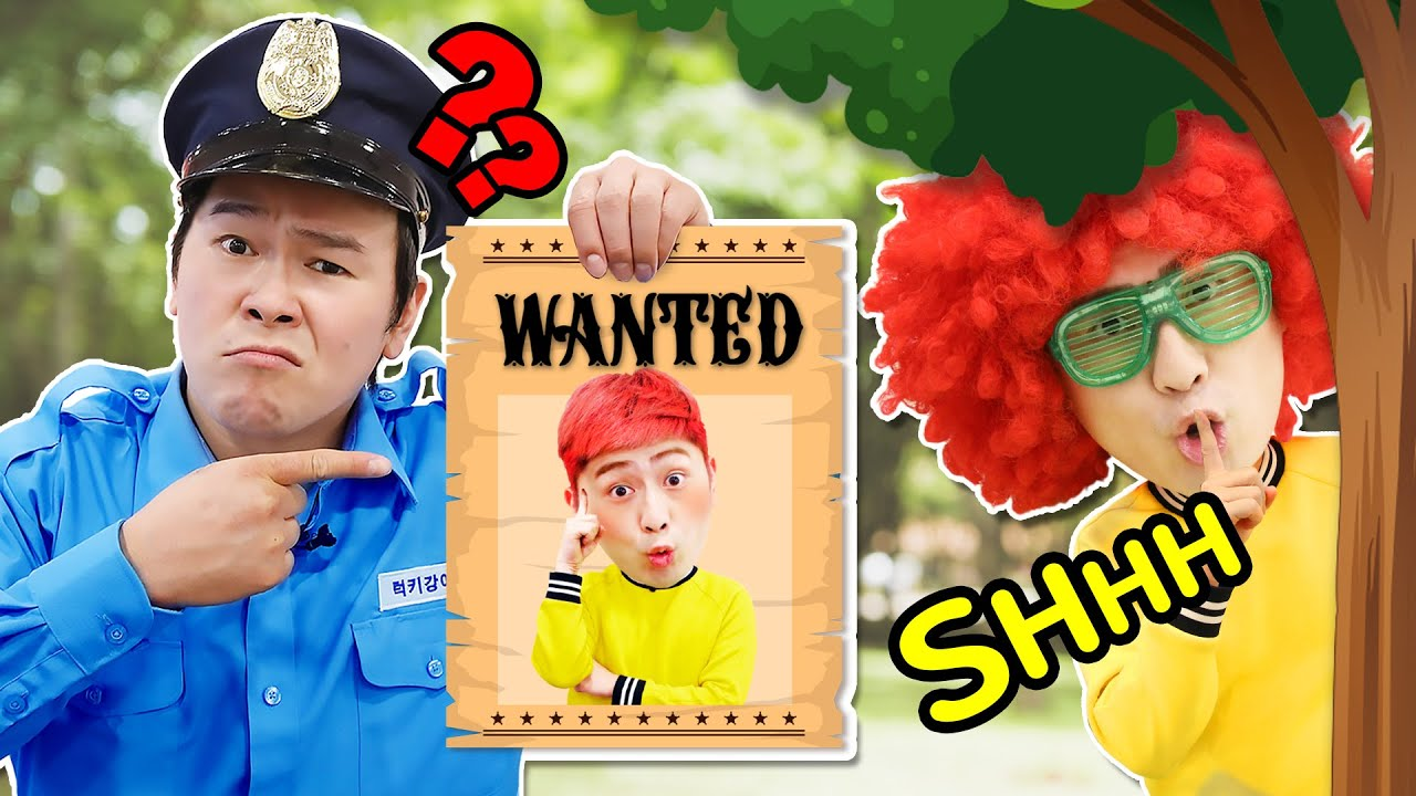 LuckyKangi Pretend Play Police Chase Story and Costume Dress Up
