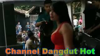 Video Dangdut Hot - Diana Marshanda Bojo Ketelu download MP3, 3GP, MP4, WEBM, AVI, FLV November 2017