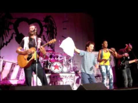 Say Hey -  Michael Franti & Spearhead feat. Cherine Anderson @ Senator, Chico CA