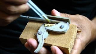Repeat youtube video Gatilho Arpão de Madeira - Spearfishing trigger mechanism
