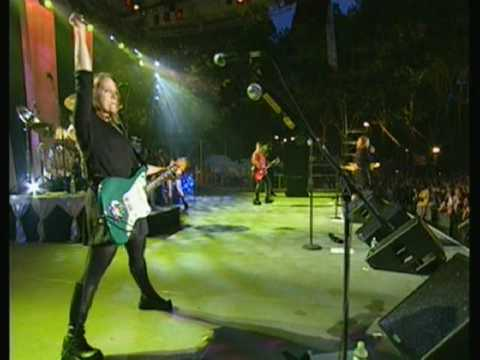 Go Go's - Intro - Head Over Heels - Live In Central Park - May 15, 2001