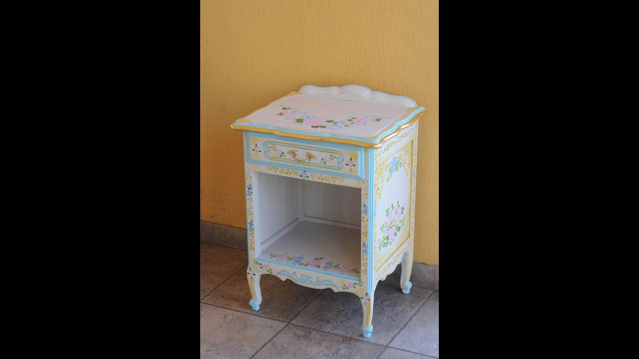 Mueble vintage como renovar muebles stenciles youtube for Muebles vintage com