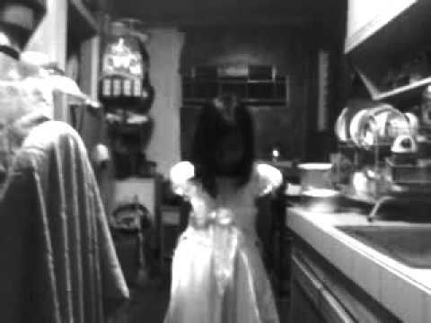 Girl in white .3gp