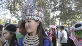 LUANG PRABANG HMONG NEW YEAR 2013 BEAUTIFUL HMONG GIRL-SUA LAUJ-FREE PHONE NUMBER