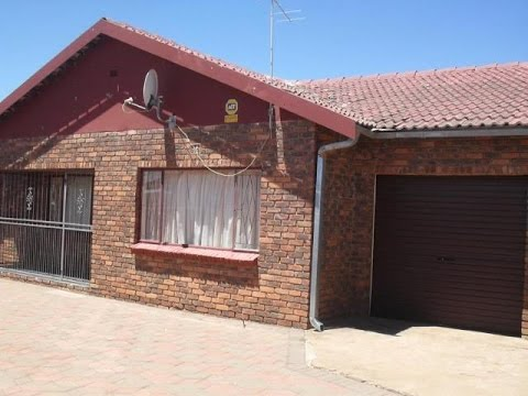 3 Bedroom House For Rent in Galeshewe, Kimberley, Northern Cape, South Africa for ZAR 5500 per month