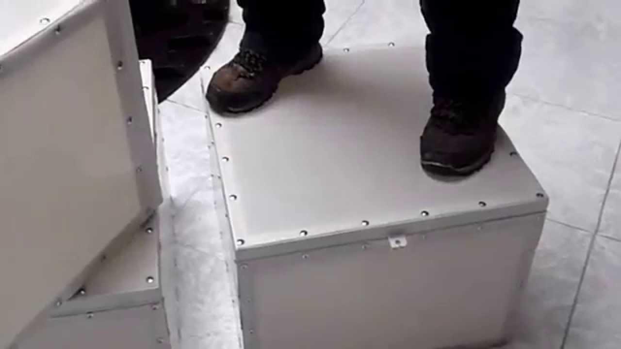Caja de fibra de vidrio para moto de reparto youtube for Como hacer una pileta de fibra